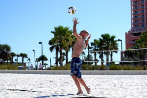 clearwater-beach-112811_daniel-stpierre-serving-beach-volleyball